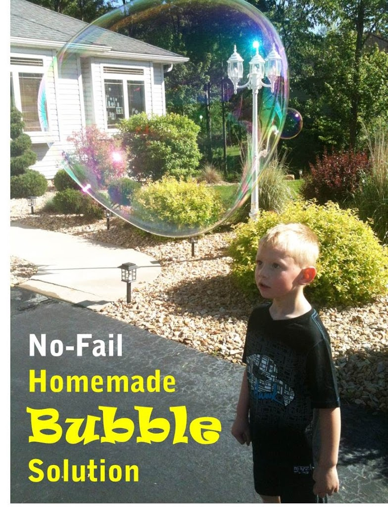 Homade Bubble Solution - Bitz & Giggles
