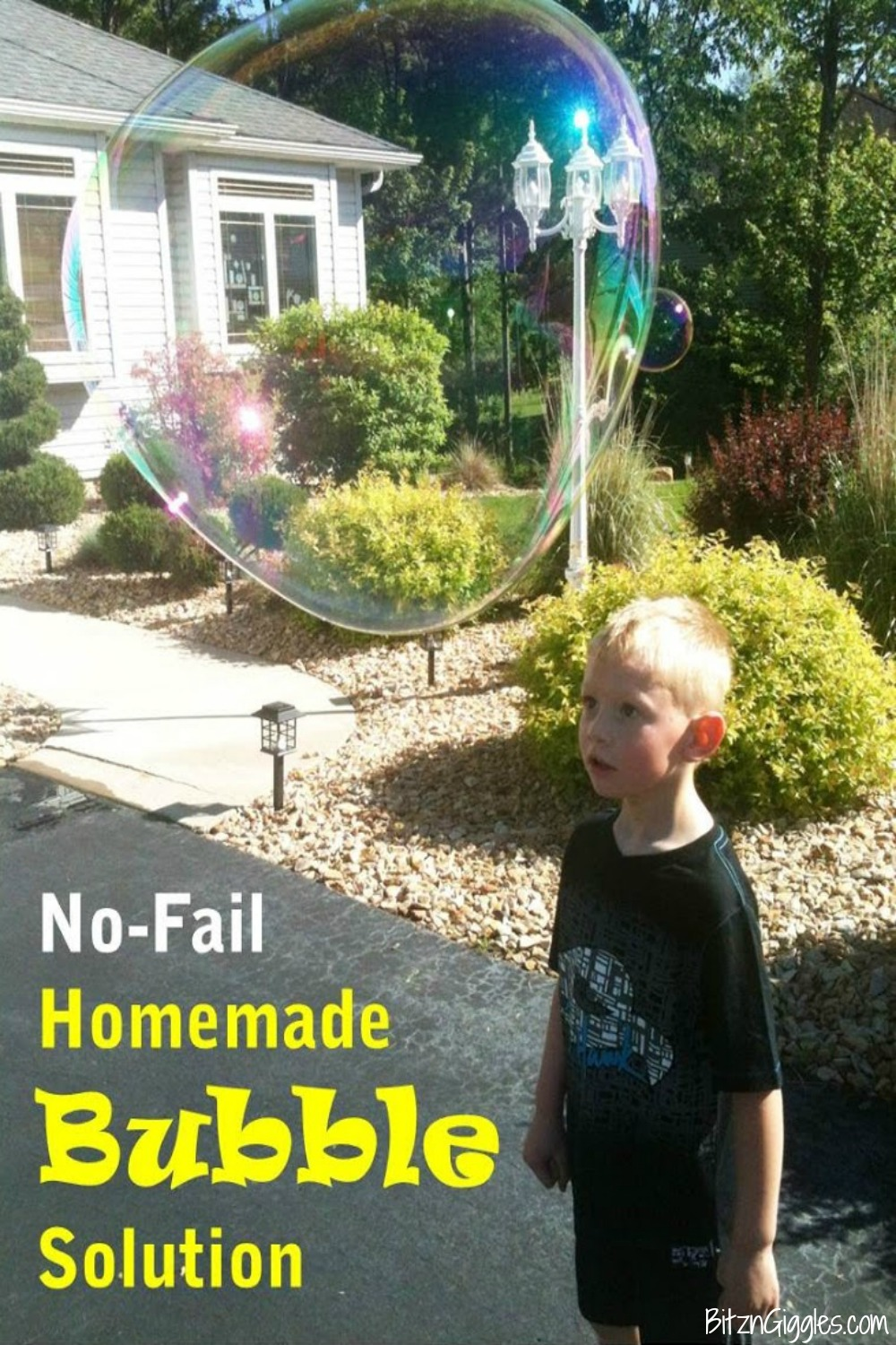 No Fail Homemade Bubble Solution - The easiest homemade solution to make the biggest bubbles ever!