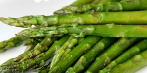 Balsamic-Asparagus-feature