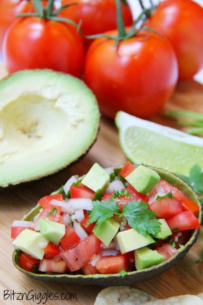 Avocado Salsa, avocados mixed with fresh diced tomatoes, lime and seasonings, a great snack or appetizer!