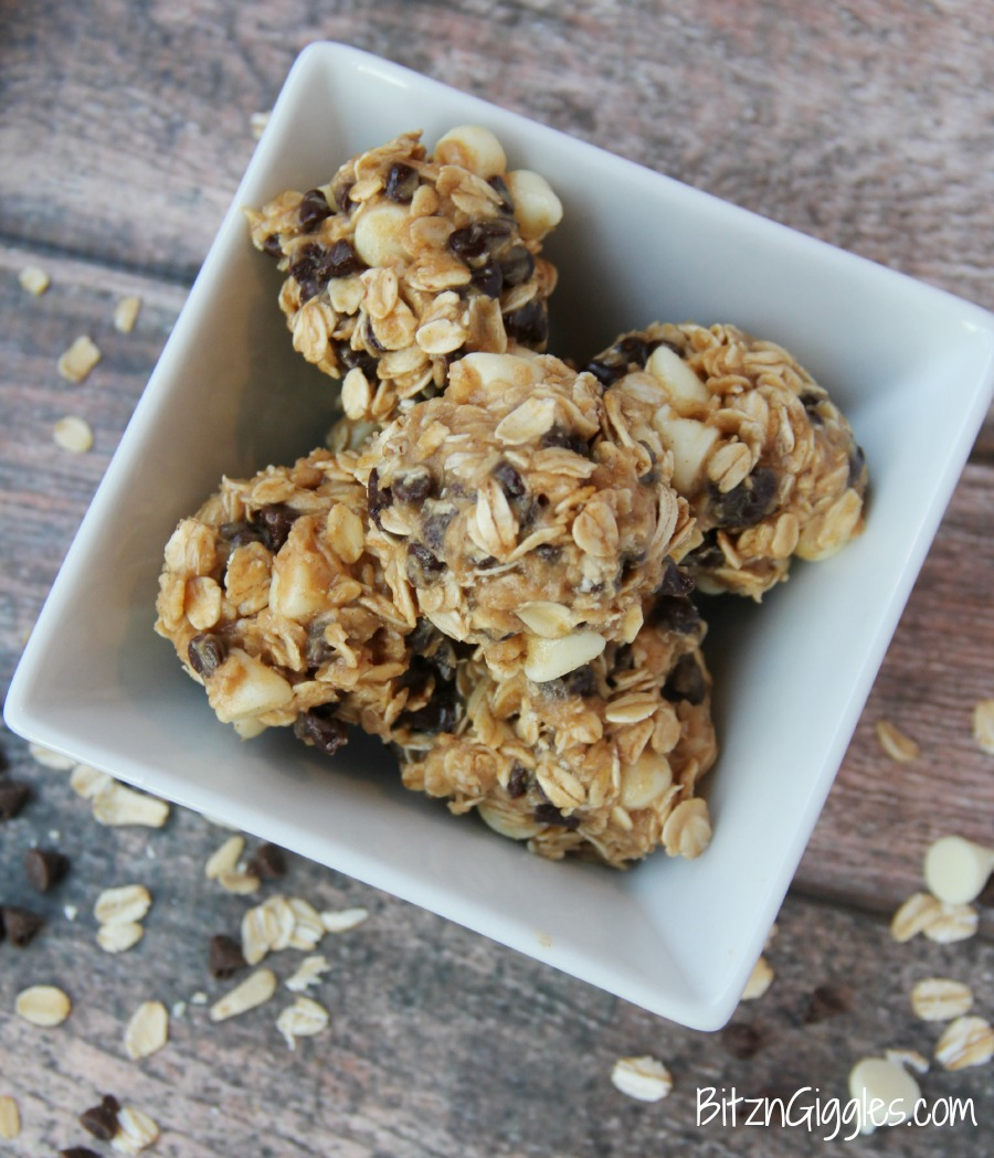 Peanut Butter & Chocolate Oat Bites