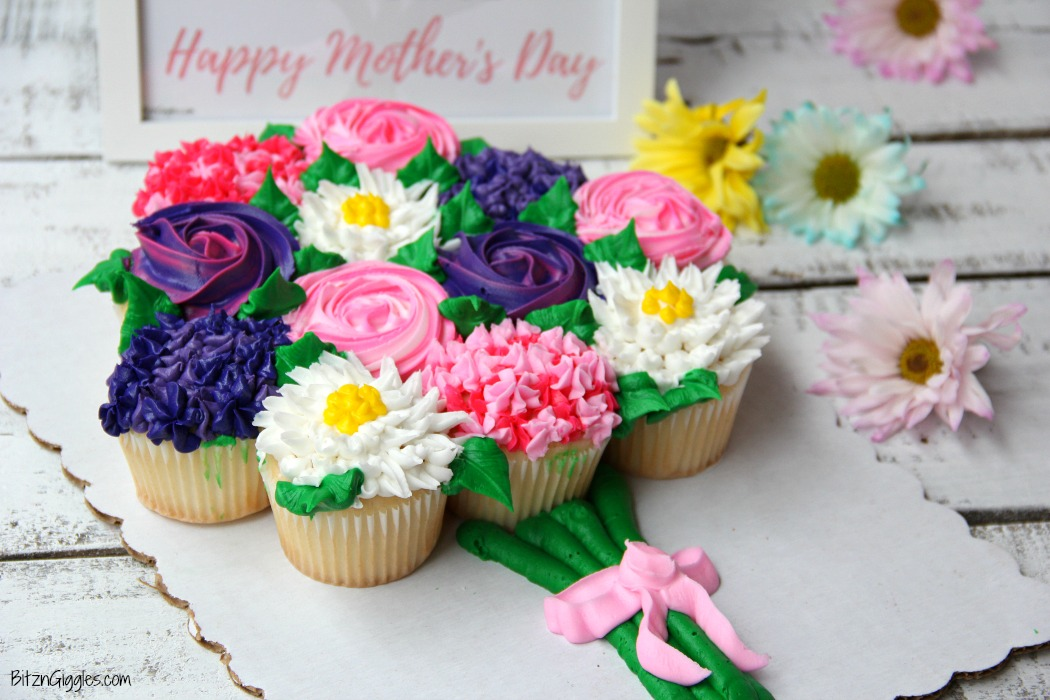 Mother\'s Day Cupcake Cake + Free Printable - Bitz & Giggles