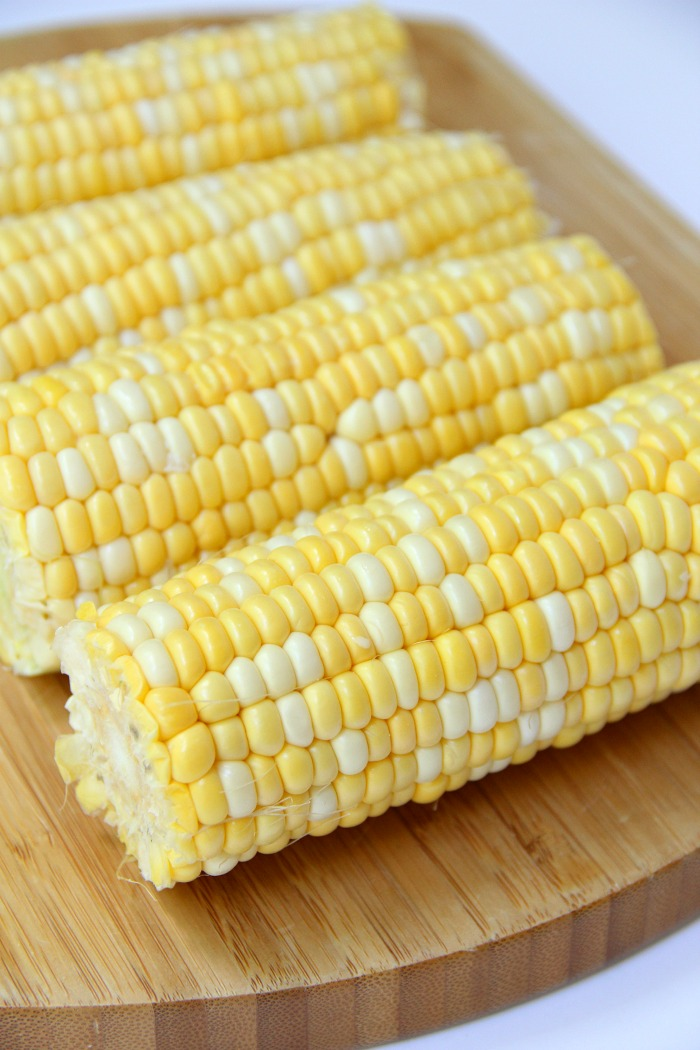 Air Fryer Corn on the Cob - Sweet and crisp corn on the cob made in the air fryer in less than 10 minutes!