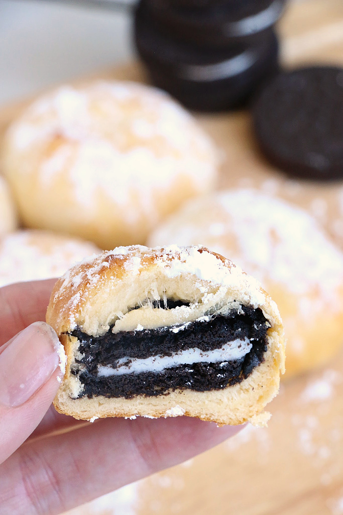 Air Fryer Oreos - A carnival food favorite made a little bit better for you, right in the air fryer with no oil or grease!