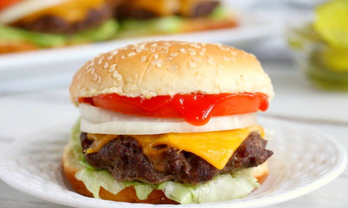 Easy Air Fryer Burgers