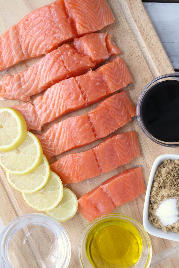 salmon with lemons, soy sauce and seasonings