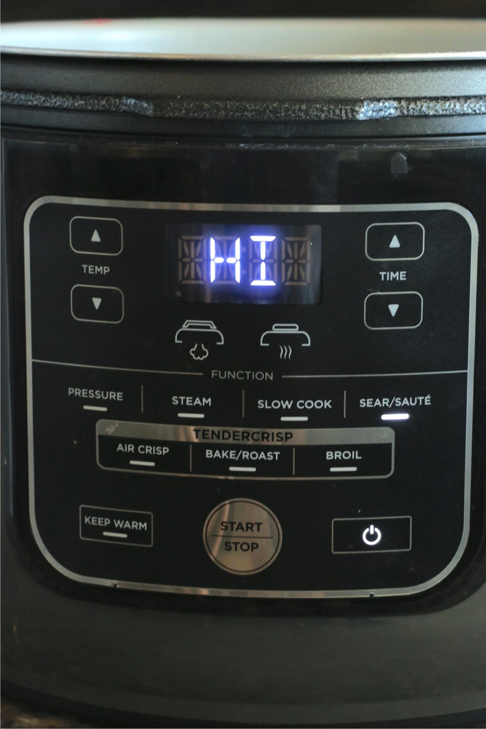 Front of a Ninja Foodi pressure cooker