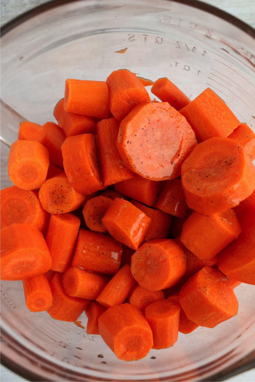 cut carrots in glass bowl