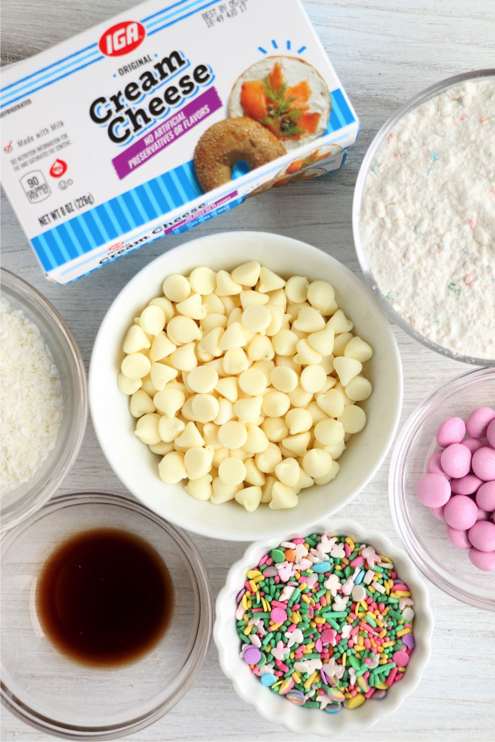 Ingredients for Easter cheese ball