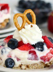 pretzel dessert with fresh berries