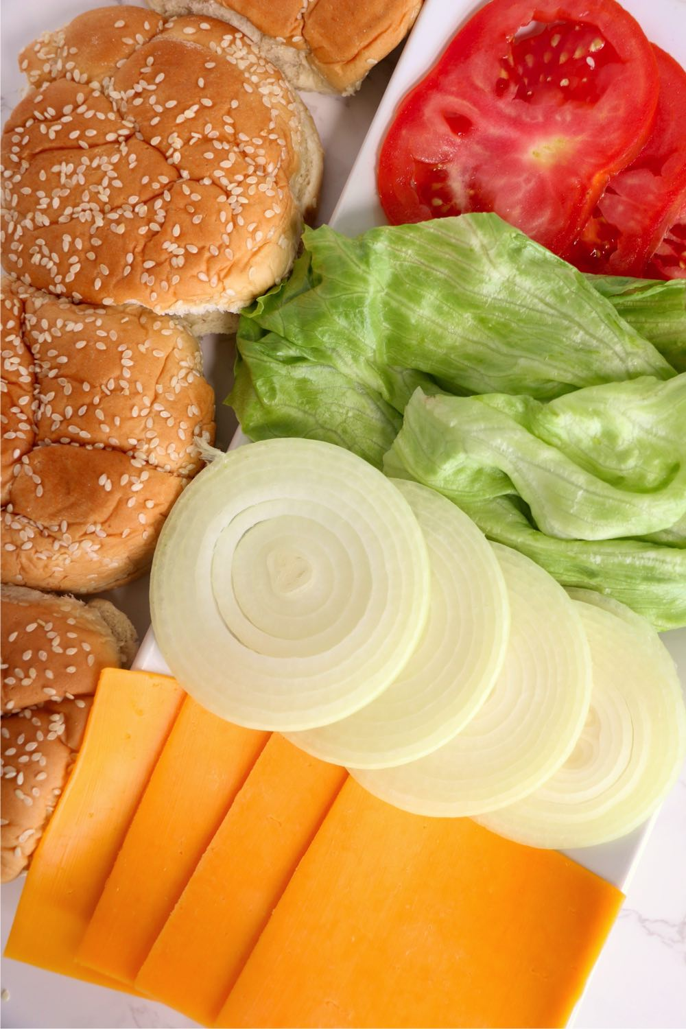 Buns and condiments for burgers